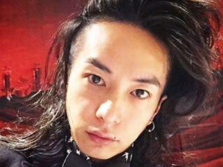 SHIMAのイケメン人気美容師、奈良裕也