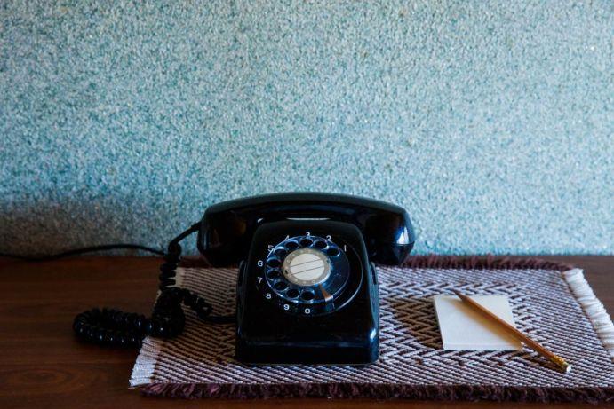 黒電話とメモ