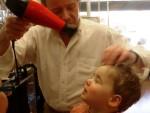 家庭でも使える!? 美容師の間で人気が高いドライヤーやヘアアイロン