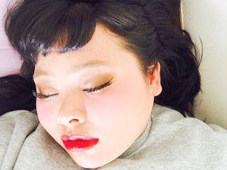 渡辺直美寝顔