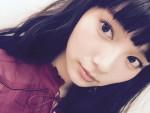 """キュートな女の子から""""できる女""""に!? 新たな魅力を開花させた新川優愛の美脚の秘訣とは!"""