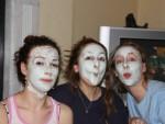 キスしたくなるような潤い美肌に! フェイスマスクの効果と正しい使い方を知ろう!