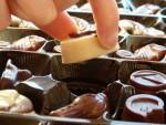 チョコレートはダイエットに効く!? 「チョコをよく食べる人は太りにくい」説に大反響
