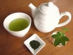 ミランダ・カーの美の秘訣!? 手軽にできる「緑茶スチーム」で肌トラブル回避&若返り!