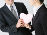 「人間関係がこじれそう」と職場恋愛を避けるのは前時代的!? 職場恋愛・結婚を支援してくれる企業の数々!