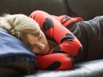 仕事中眠くなったら寝てしまうのが一番!? 仕事の効率がアップする効果的な仮眠法
