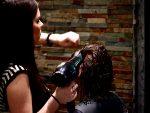 美容師は何で指名されると喜ぶの? 美容師に課せられるノルマについて