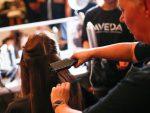 指導することも仕事になる! 美容師の講師として働く方法とは?