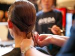 社会人のマナーからヘアカットまで…美容師が受ける「研修制度」の実態とは?