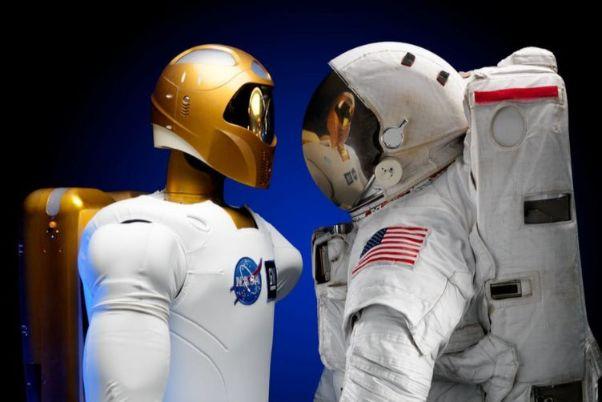 ロボットと宇宙飛行士