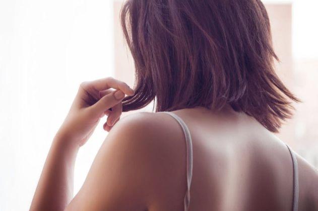 髪の長さを気にする