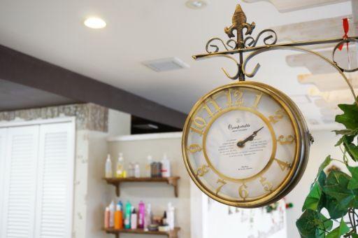 美容室の時計