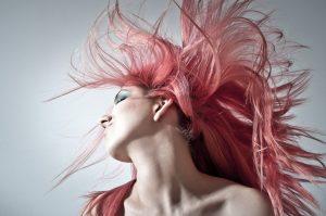 赤毛の白人女性