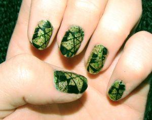 緑色のアートネイル