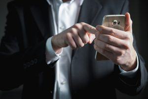 電話対応のイメージ