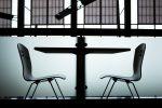 ビジネスマナー椅子の座り方!姿勢を保つポイントとは