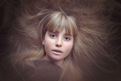 ぼさぼさの髪