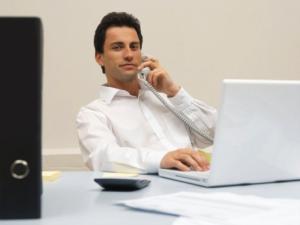 ビジネス電話のイメージ