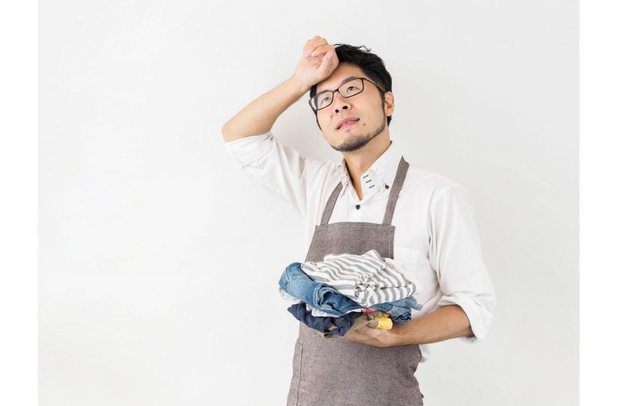 洗濯に悩む男性