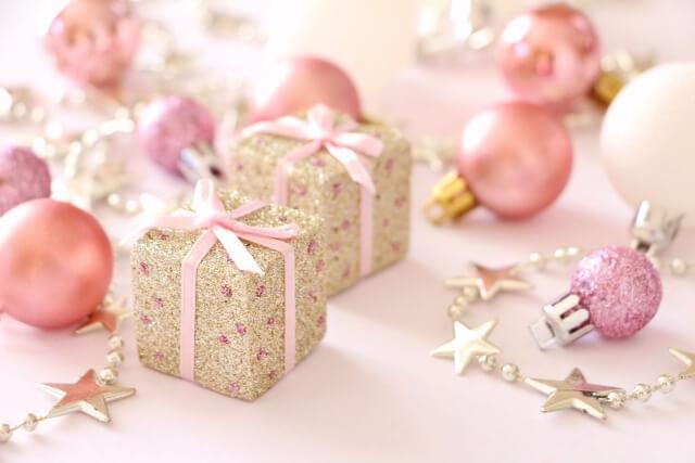 驚きの連発!世界各国の一風変わったクリスマスの過ごし方